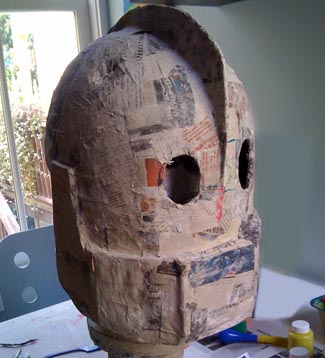 Iron giant by toby hilden for How to make a sculpture out of paper mache